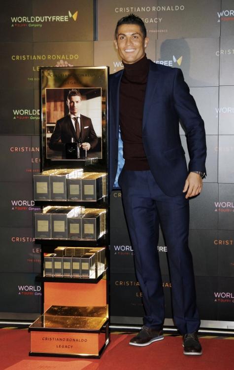 Криштиану Роналду на презентации своего одноименного аромата Cristiano Ronaldo Legacy в Мадриде, 2016 год