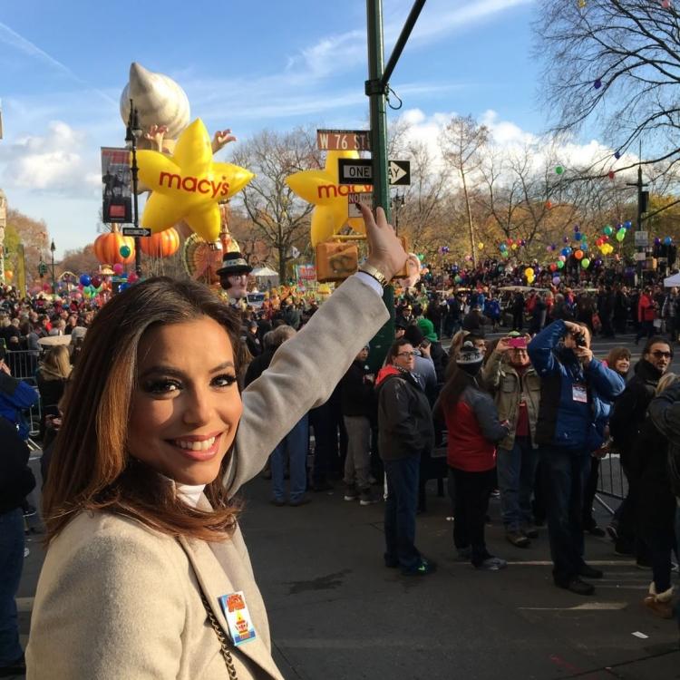 Ева Лонгория на параде