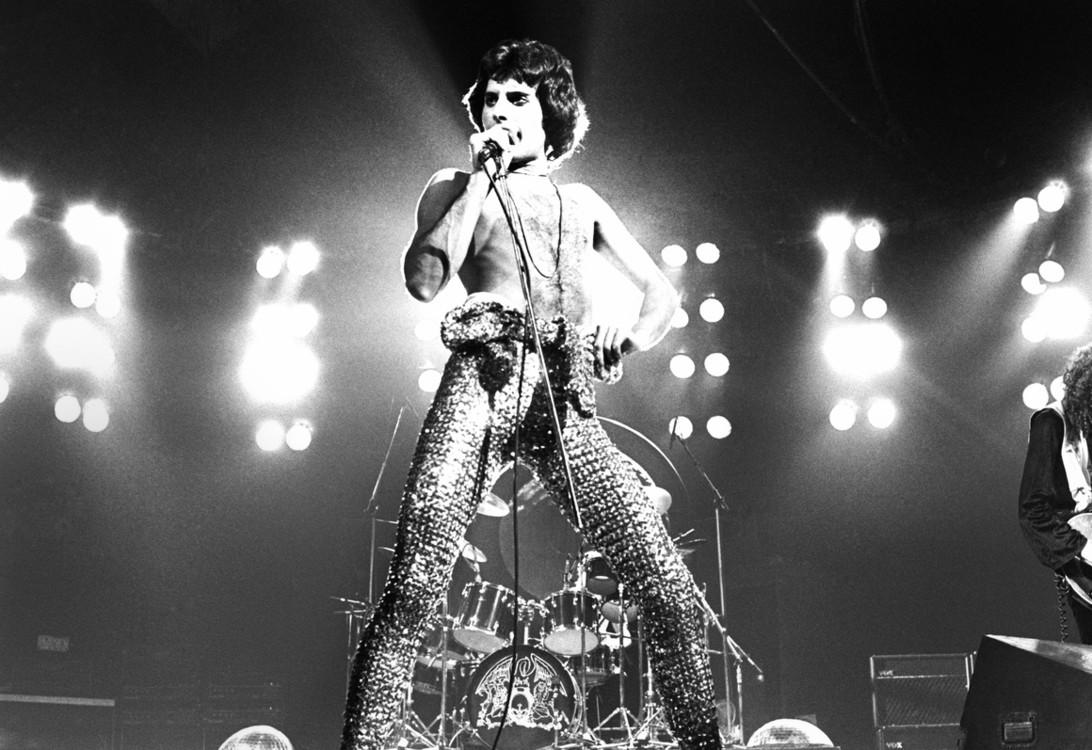 На концерте в Лондоне, 1977 год