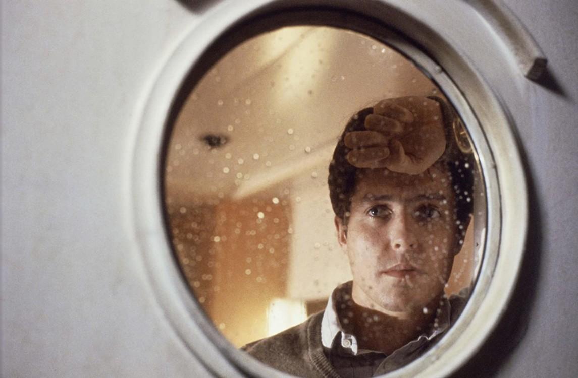 Хью Грант в фильме «Горькая луна», 1992