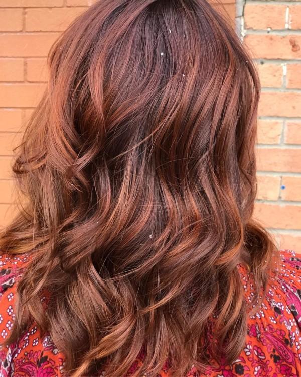 Самые модные окрашивания для русых волос 2019