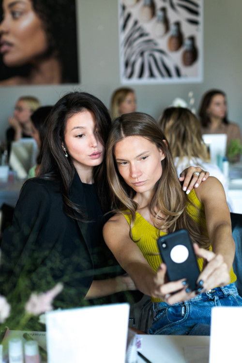 Эвелина Мамбетова и Татьяна Богдан