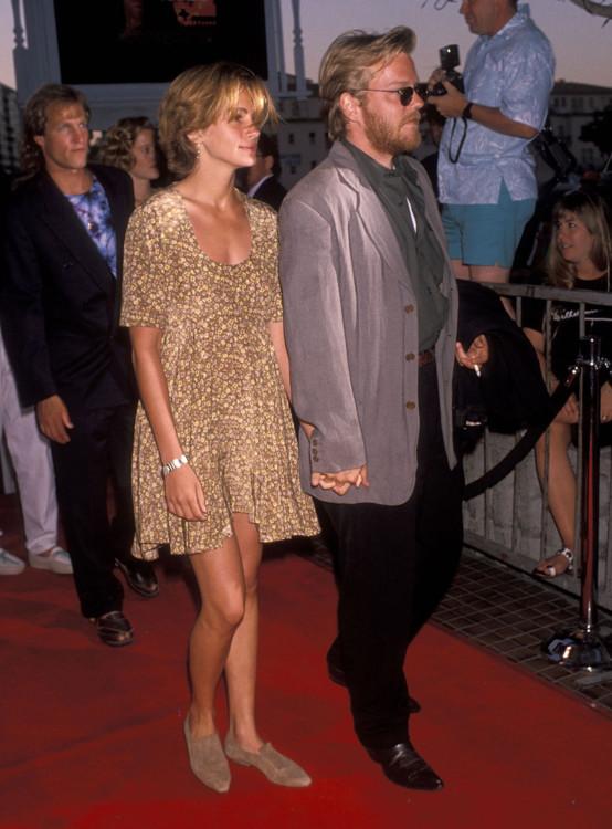 Джулія Робертс і Кіфер Сазерленд, 1990