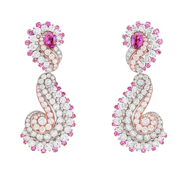 Белое и розовое золото, бриллианты, розовые сапфиры