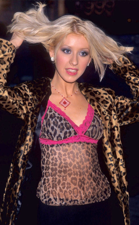 Кристина Агилера, 1999