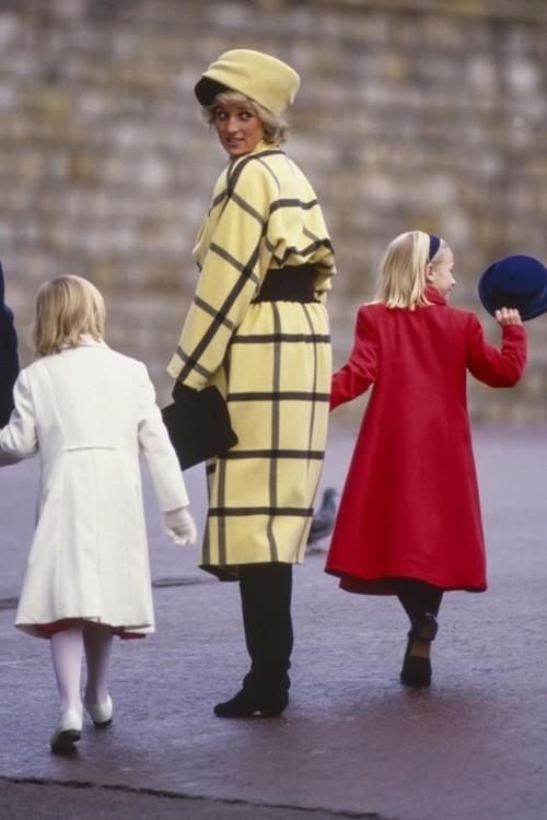 Принцеса Діана, 25 грудня 1987 р.
