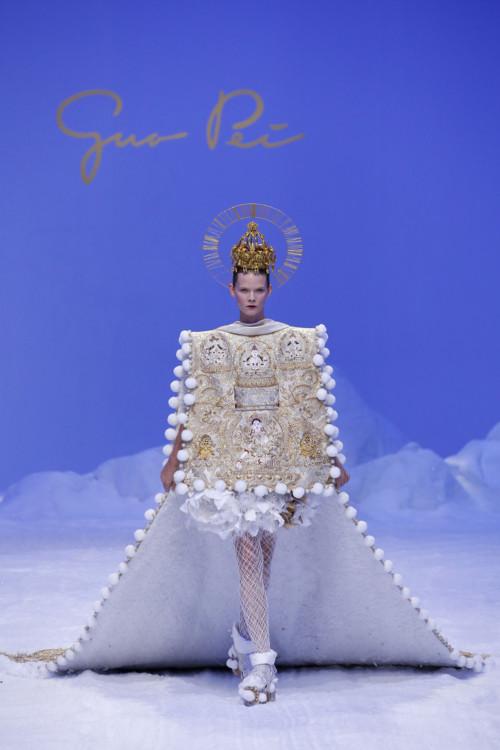 Ірина Кравченко на шоу Guo Pei Couture весна-літо 2020