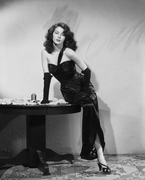Ава Гарднер у фільмі «Вбивці», 1946