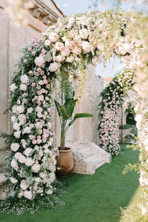 5b8cd88d7fac5 - Кьяра Ферранья и Fedez поженились: 3 платья от Dior