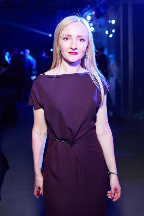 Елена Комко
