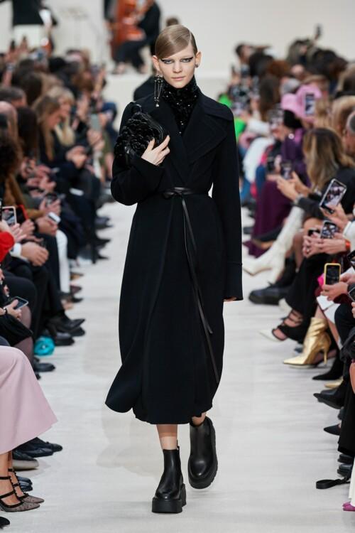 Виктория Люлько - главная героиня сентябрьского номера Vogue UA 2020 фото