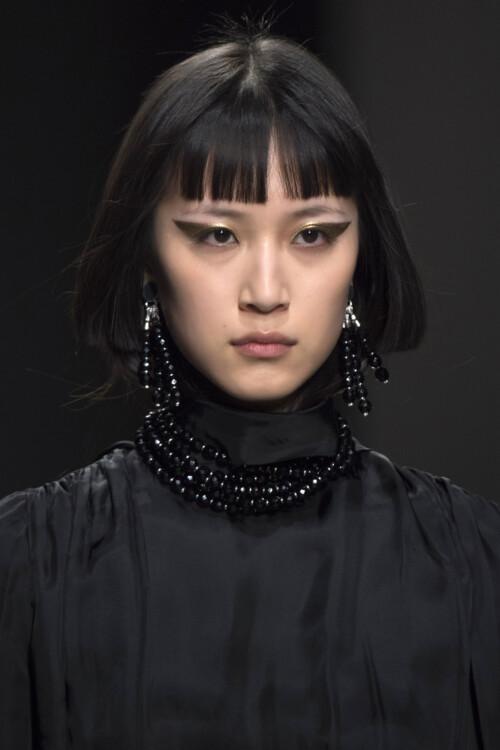 Модная челка 2020: корейская челка 2020 фото