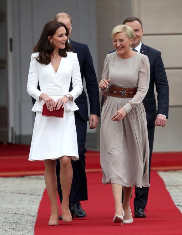 Герцоги Кэмбриджские с официальным визитом в Польше в Alexander McQueen