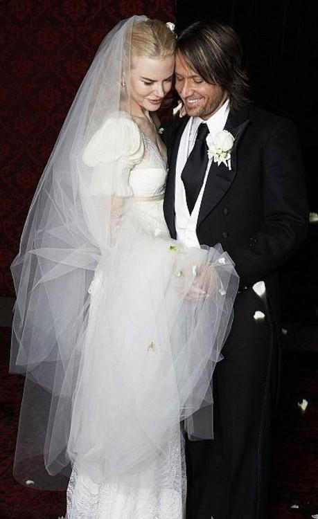 Николь Кидман в платье от Balenciaga