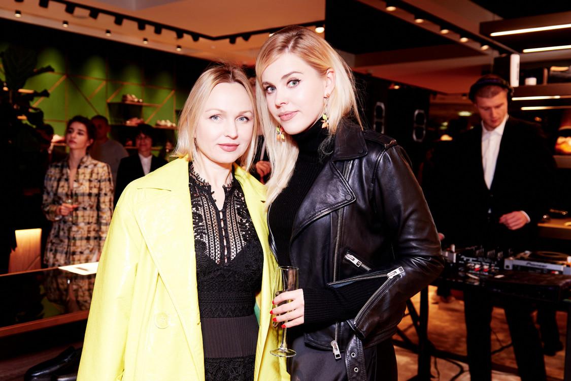 Елена Ева и Мария Дашенко