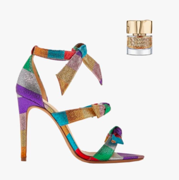 Позолоченные сандалии «Lolita» Alexandre Birman; золотистый лак для ногтей Smith & Cult Nailed