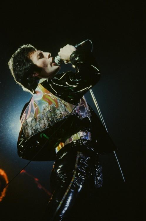 На концерте в Токио в 1979 году