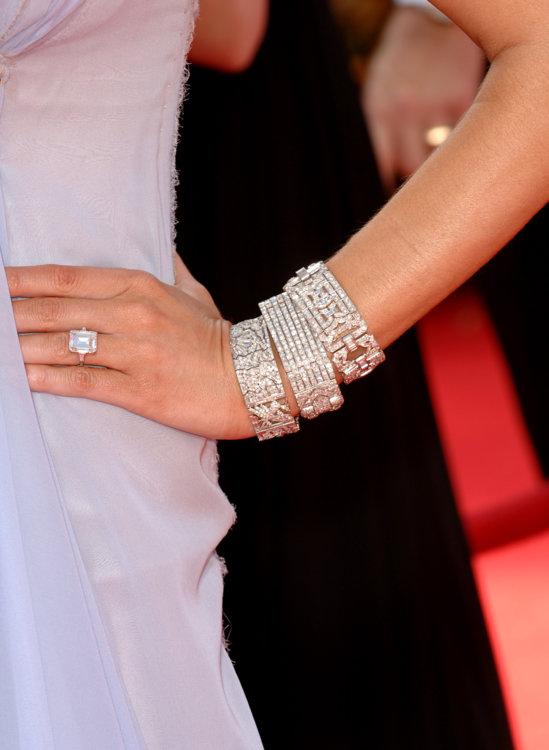 Кольцо Мелании Трамп с бриллиантом весом 15 карат стоимостью 3 миллиона долларов