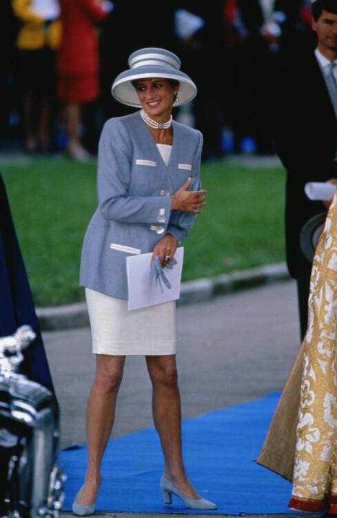 Леди Диана на свадьбе Дэвида Армстронга-Джонса в Лондоне, октябрь 1993 год
