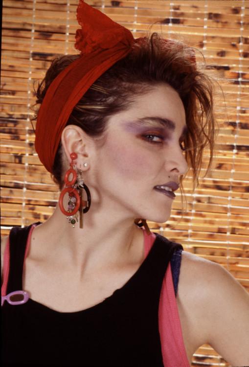 """1984, Мадонна в Нью-Йорке. Вот-вот должен выйти фильм с ней в главной роли - """"Отчаянно ищу Сьюзен"""""""