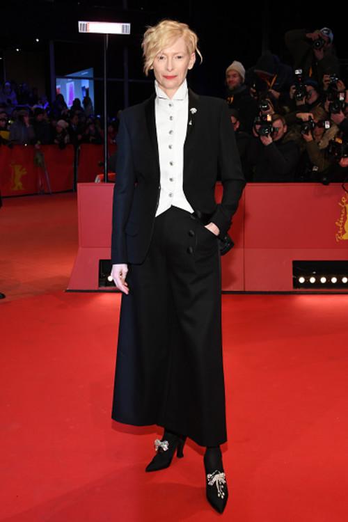 """Тільда Свінтон на прем'єрі фільму """"Острів собак"""" на Берлінському кінофестивалі"""