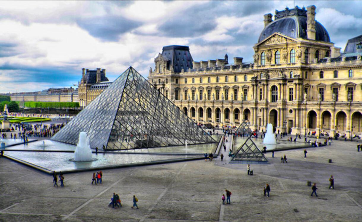 Лувр, Париж, Франция (10 200 000 посетителей в 2018 году)
