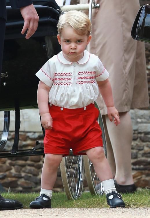 Принц Георг на крестинах своей сестры