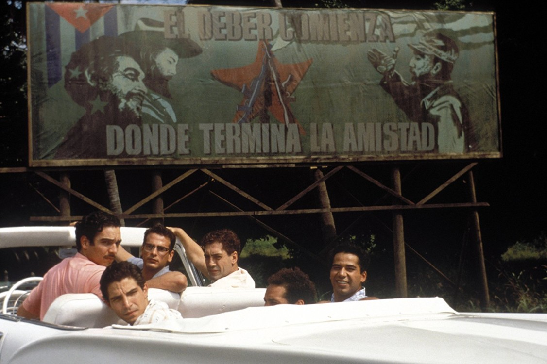 Кадр з фільму «Поки не настала ніч», 2000