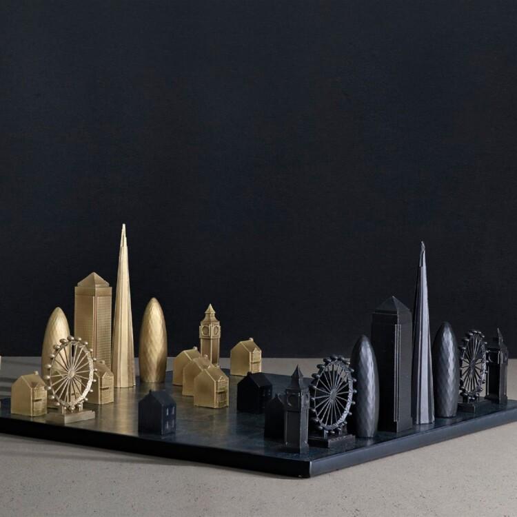 Шахматы London, Skyline Chess