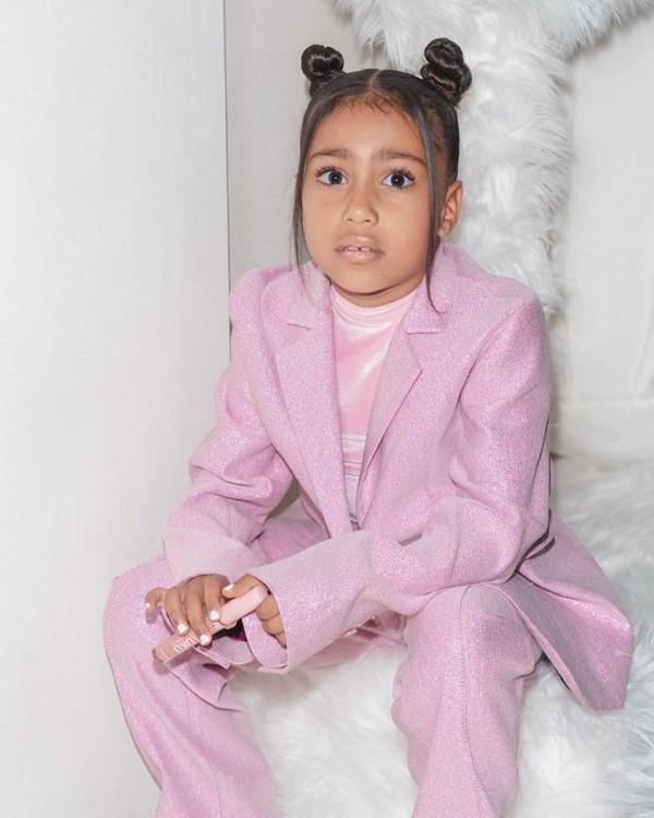 Дочь Ким Кардашьян Норд-Уэст фото