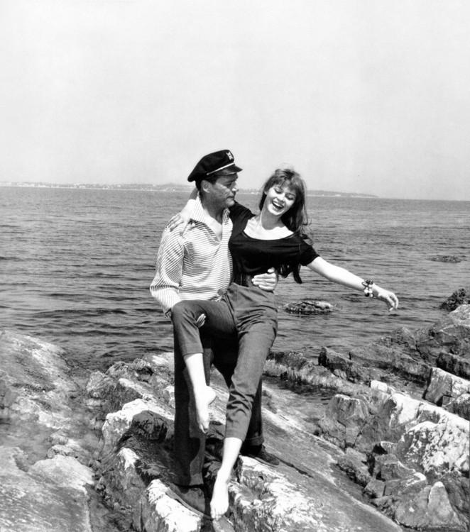 Эдди Константин и Брижит Бардо, 1955 год