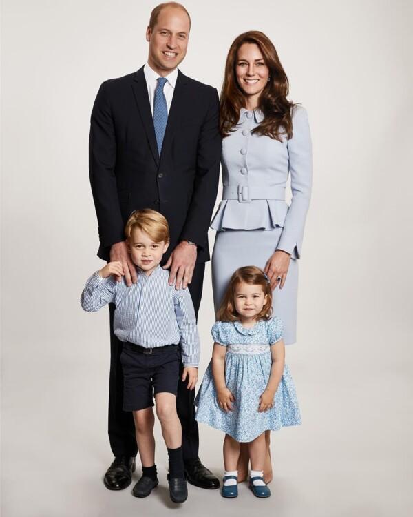 Сімейна різдвяна листівка герцога і герцогині Кембриджських, 2017