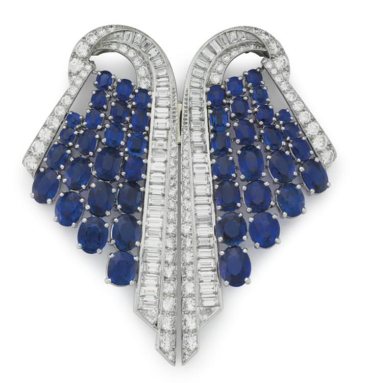 Брошь из платины с сапфирами и бриллиантами Marcus & Co, 1925 г.
