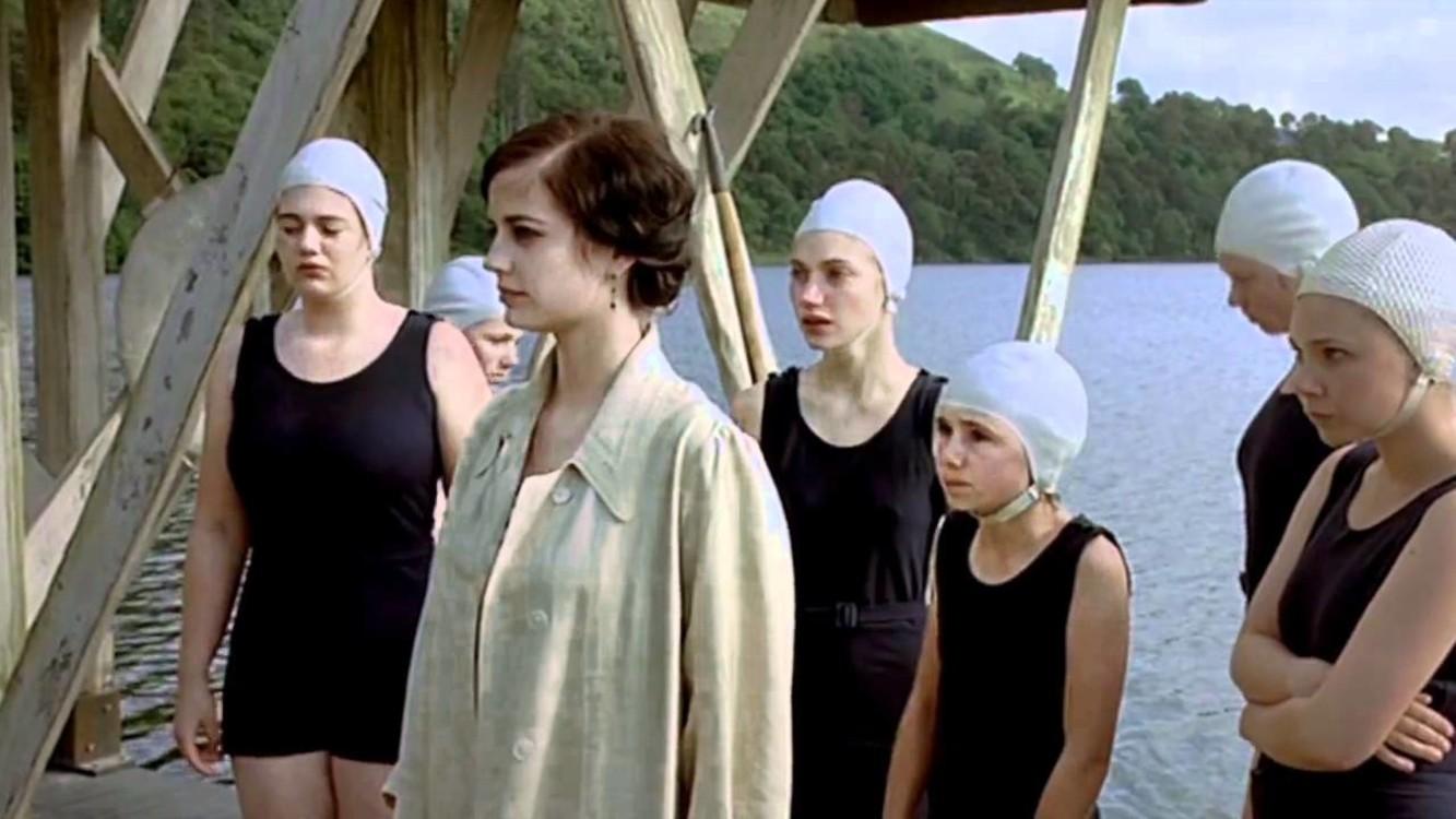Тріщини (2009)