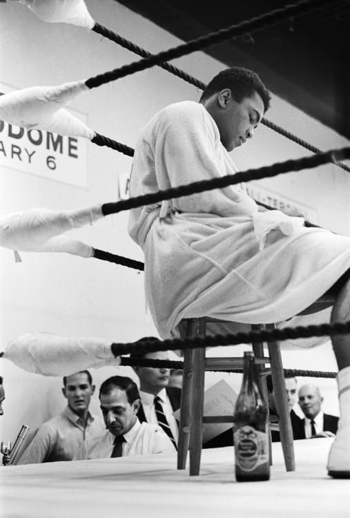 Мухаммед Али во время перерыва в тренировках к бою с Эрни Терреллом, 1 февраля 1967 года