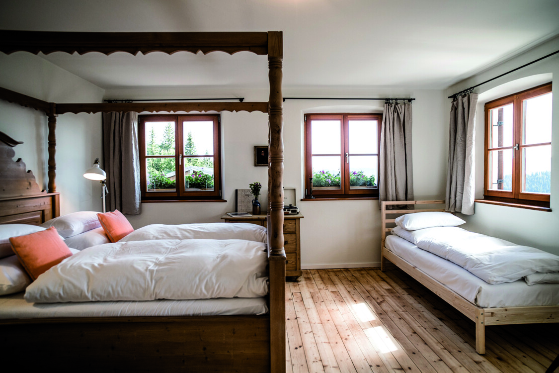 Роскошный вид на горы на курорте Bachmair Weissach Spa & Resort фото