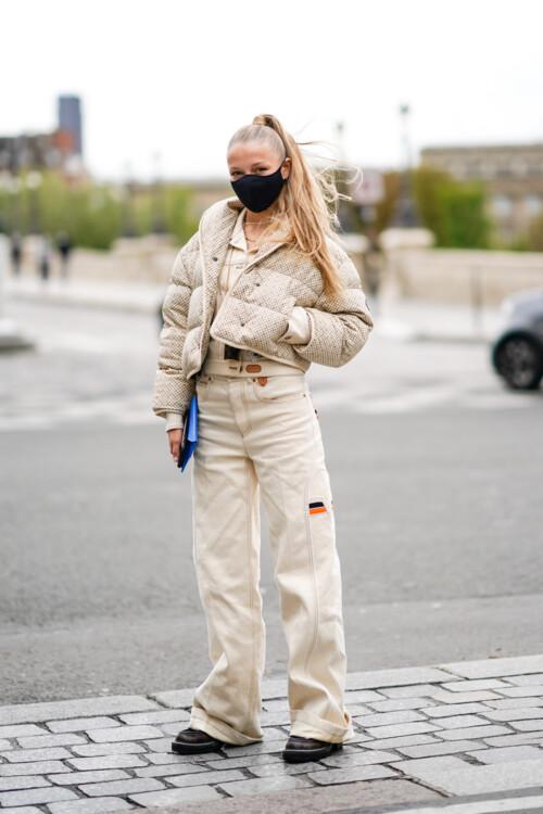 С чем носить бежевый пуховик стритстайл фото идеи фото