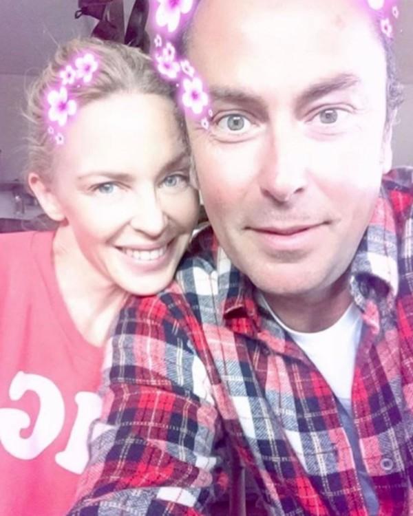 Кристоф с клиенткой и подругой Кайли Миноуг