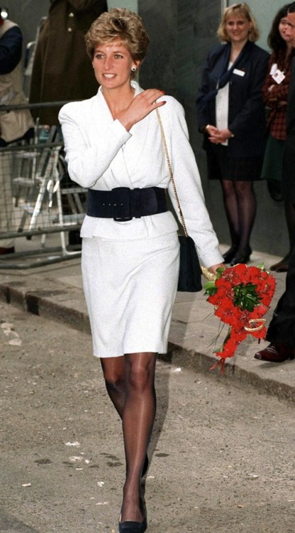 Принцесса Диана в Mortimer Market Centre