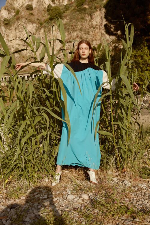 Хлопковое платье, A.W.A.K.E., кожаные туфли, Marni