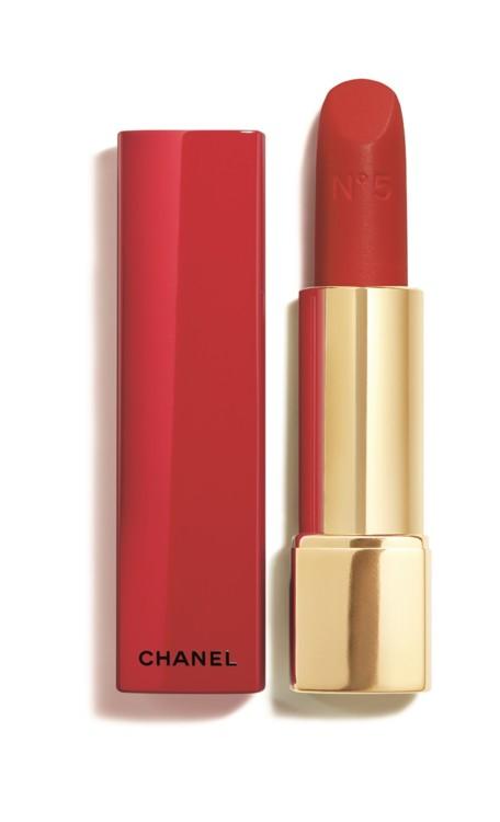 Оксамитова помада Rouge Allure Velvet N°5 у червоному лакованому футлярі з різдвяної колекції макіяжу, Chanel, лімітований випуск