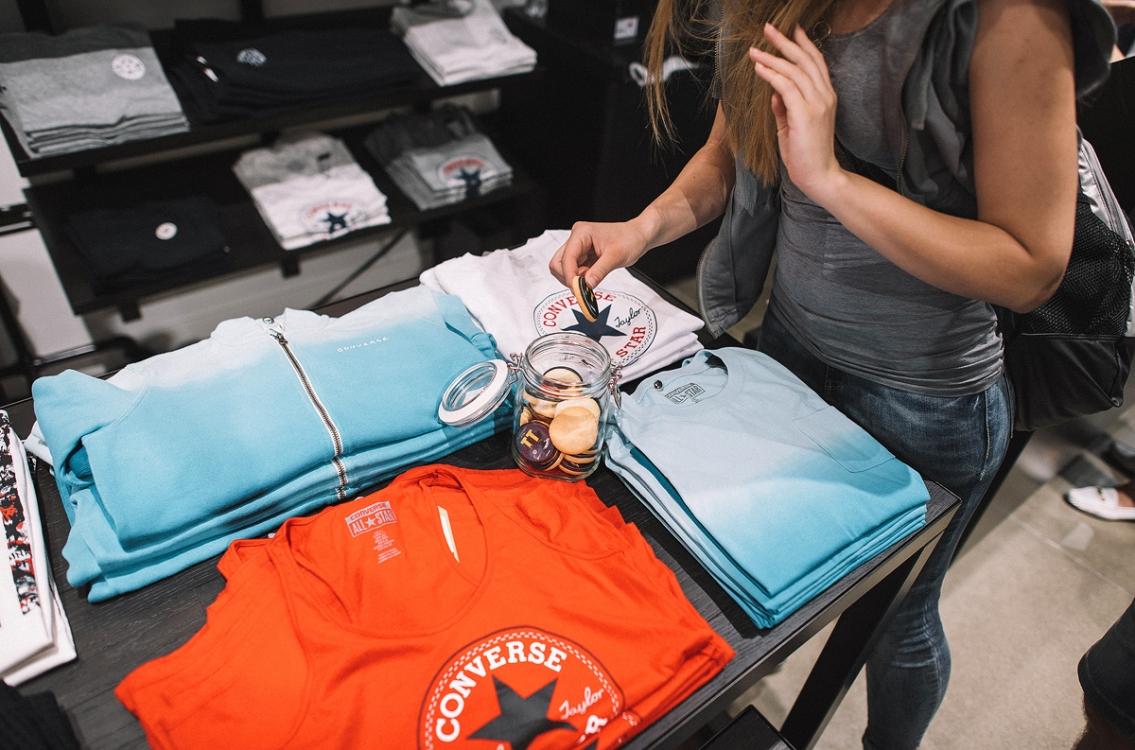 В Киеве открылся первый концептуальный магазин Converse   Vogue Ukraine 8b07f476800