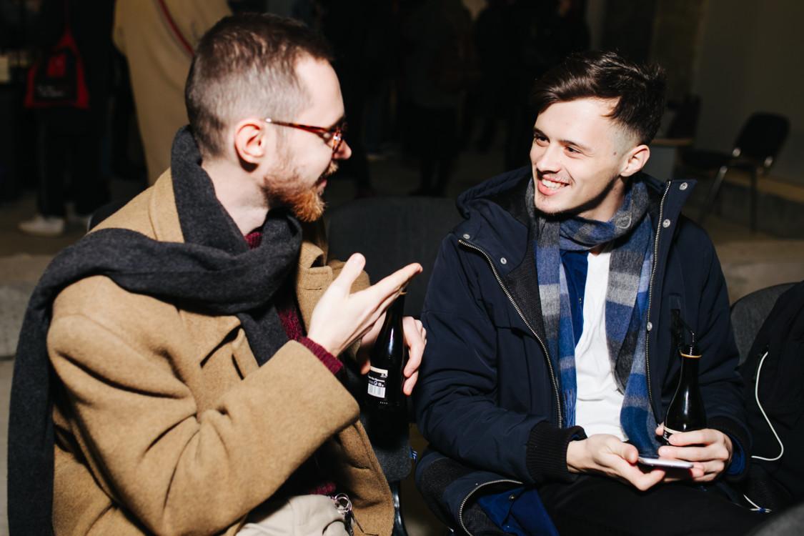 Вик Бакин (слева)