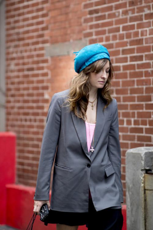 модные береты с чем носить