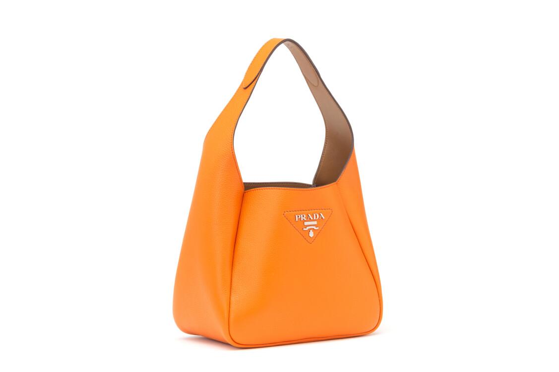 Оранжевая сумка Prada Pre-Fall 2020