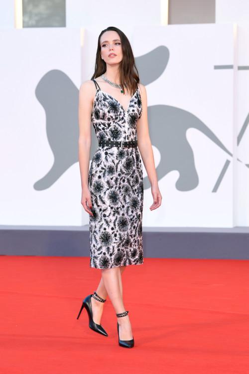 Стейси Мартин в Louis Vuitton