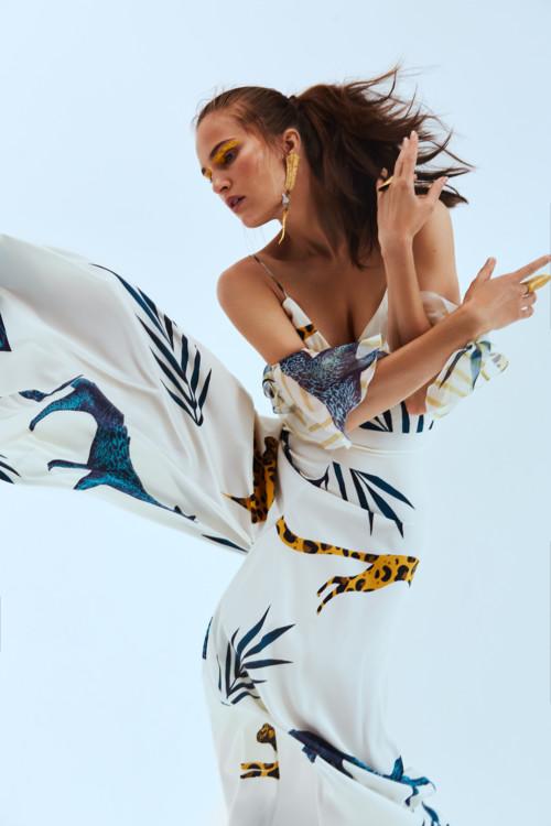 5b6d8b63d0d48 - Алла Костромичева в ягуарах: коллекция Andi Resort 2019
