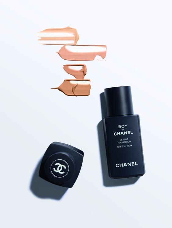 Стійкий тональний флюїд Le Teint #30 Medium Light, Chanel