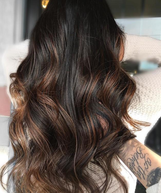 https://www.instagram.com/hairbynicolej.xo