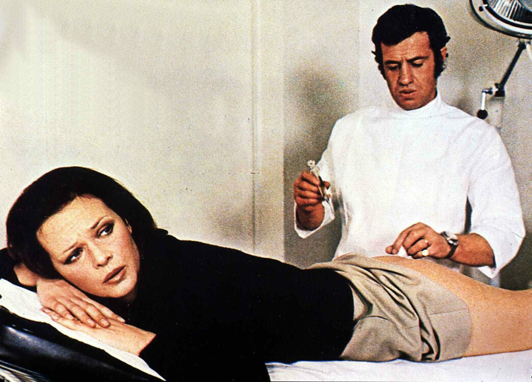 "С актрисой Лаурой Антонелли на съемках фильма ""Доктор Пополь"", 1972"